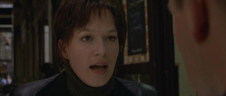 The-Bourne-Identity-2002-Bluray-BRRip-720p-550MB-Hnmovies-31